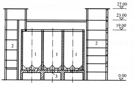 图14-6框架结构与库体相连图