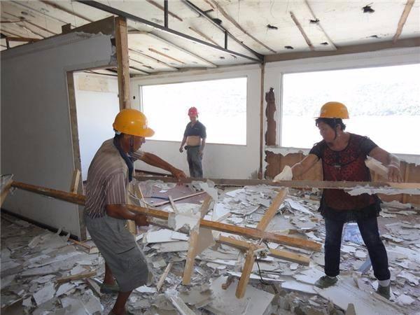 拆除工程职业健康安全保证措施