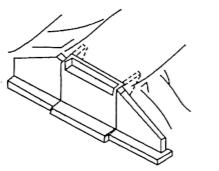 b)一字式桥台