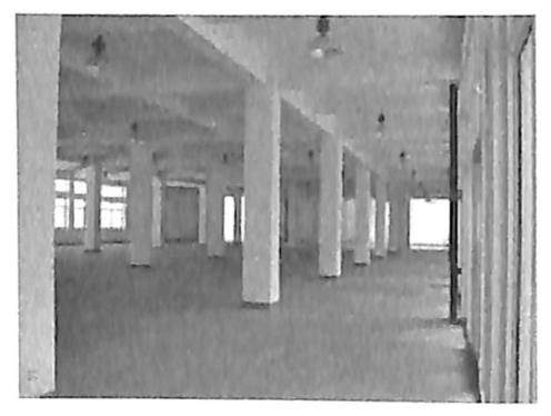 图1.39框架结构厂房