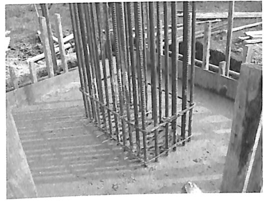 图3-4墩柱制作