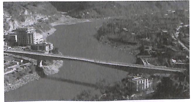 图1-10云南六库怒江桥